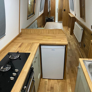 Galley (12v fridge)