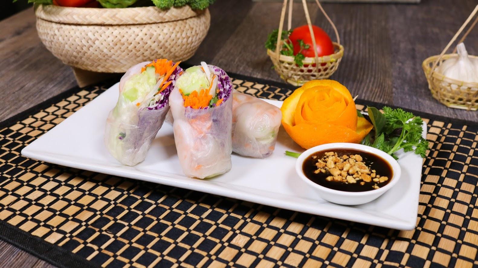 Fresh Shrimp Rolls (3).jpg