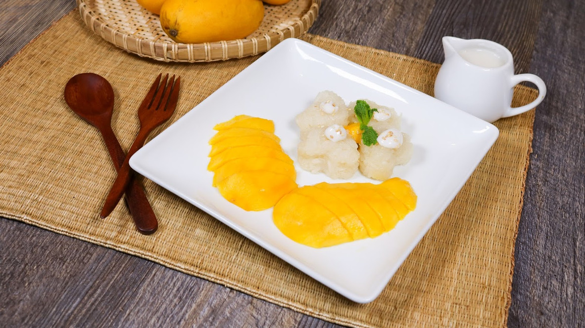 Sweet Sticky Rice with Mango (2).jpg
