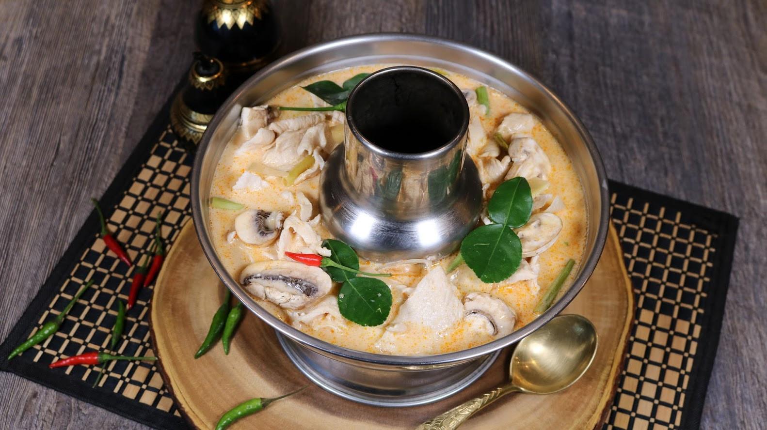 Tom Kha Chicken (3).jpg