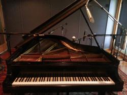 Piano at Imaginary Road