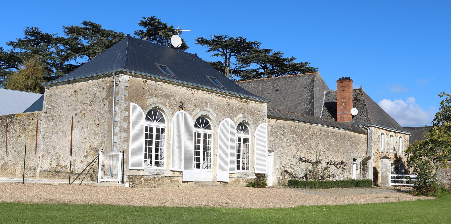 Le Petit Pavillon et le Relais de Chasse