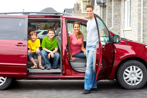 bigstock-Family-Car-7835219.jpg