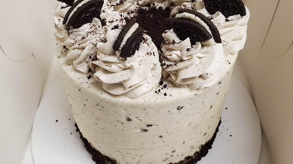 Chocolate Cookies and Cream Cake (6inch)