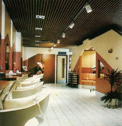 Ruby Reds hairdressing salon, Reading.pn