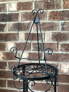 Black Traditional Easel