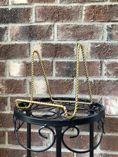 Gold Twist Easel