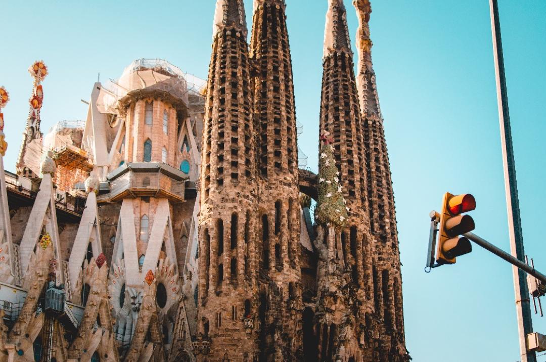 เรียนต่อยุโรป เรียนเมืองไหนในยุโรปดีนะ บาร์เซโลนา สเปนดีไหม?