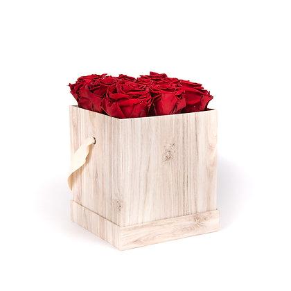 9 Roses Eternelles Carmin Intense - Box carrée Bois Clair
