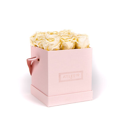 9 Roses Eternelles Champagne - Box carrée Rose Poudré