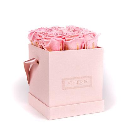 9 Roses Eternelles Rose Tendre - Box carrée Rose Poudré