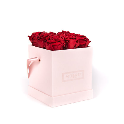 9 Roses Eternelles Carmin Intense - Box carrée Rose Poudré
