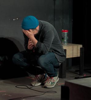Daniel Stern Crouching Comedian