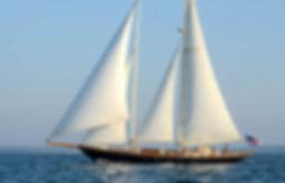 Lelanta full in sail.jpg