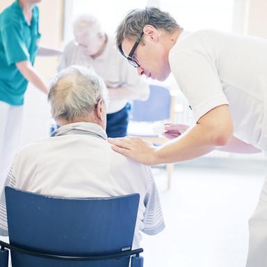 Pfleger im DKW