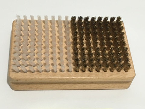 NYLON / BRASS BRUSH