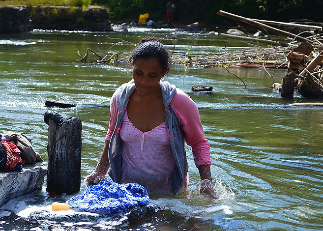 Mujer-Agua.jpg