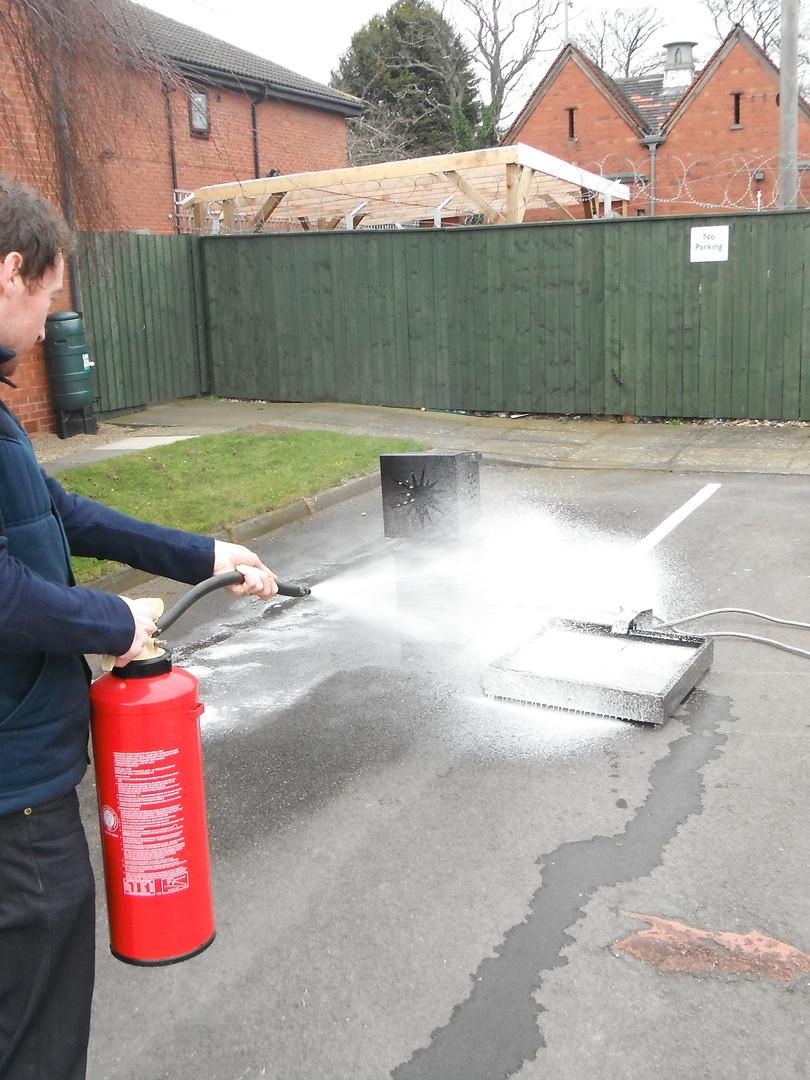 Foam extinguisher