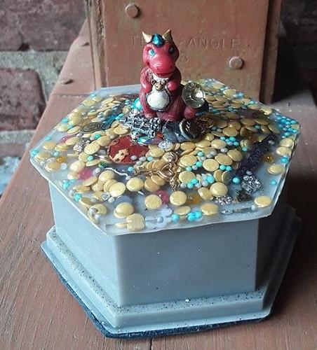 Crimson Dragon Hoard Dice Box