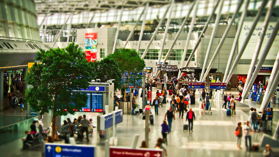 5 Tips to Get Through Airports Quicker!