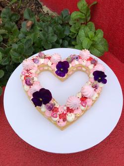 Cookie Cake Medium Heart with Edible Flo