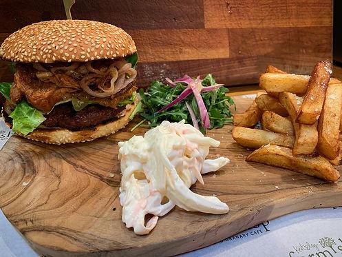 pulled pork burger 2.JPG