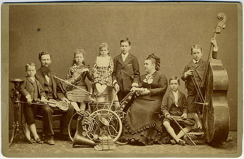 MUSICAL -FAMILY BAND CABINET CARD