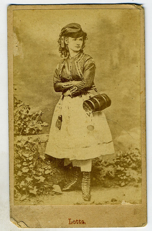 CDV _ ACTRESS LOTTA CRABTREE – DARLING OF THE GOLD FIELDS – AS VIVANDIERE