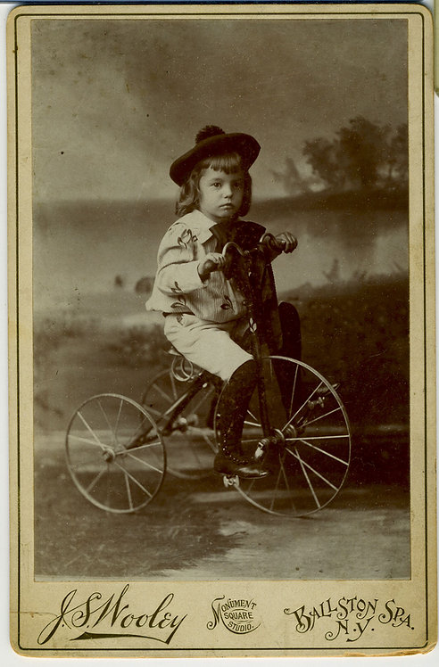 CABINET CARD – CHILD WITH TRICYCLE