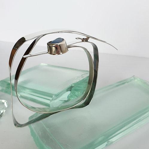 Abstrakt Armband með bláum ópal