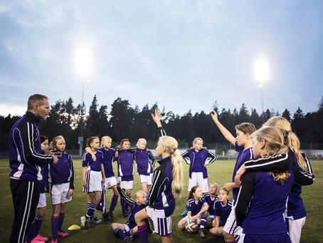 サッカー・エボリューション〜サッカーは女子から進化する?