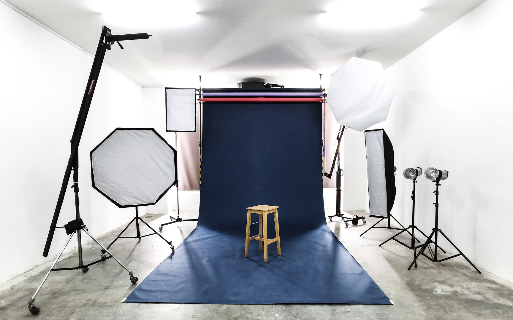 Studio Interior 01.jpg