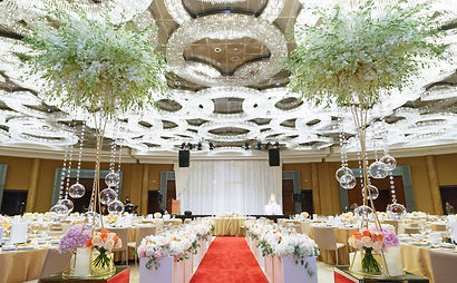 grand-hyatt-kl-hotel-wedding-chandelier-