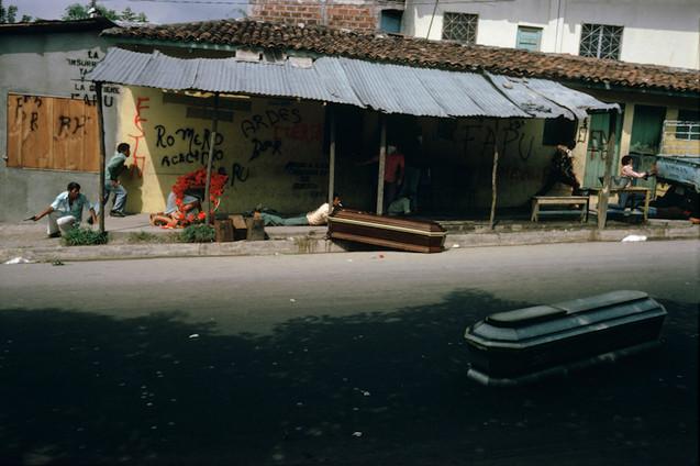 "série ""El Salvador"""