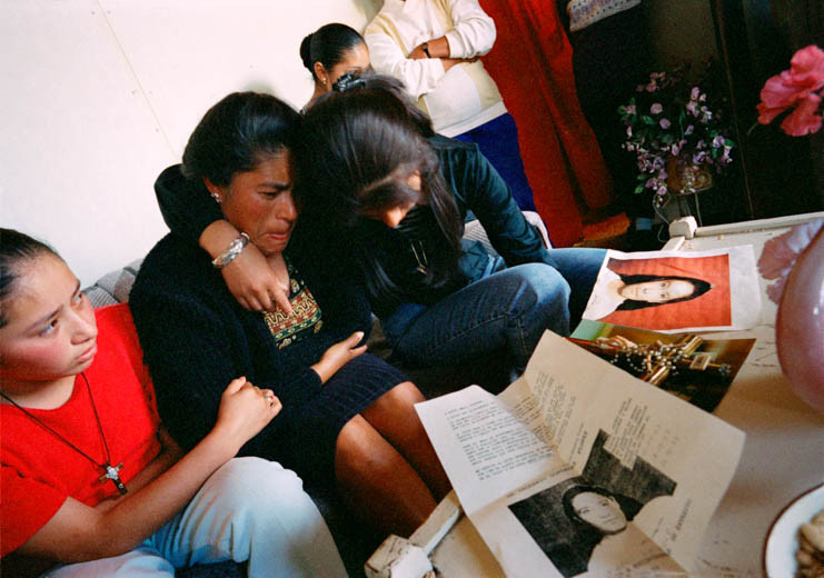 http://www.susanmeiselas.com/stories/human-rights/missing-women-of-juarez-1998/