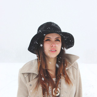 The Snow and the Girl