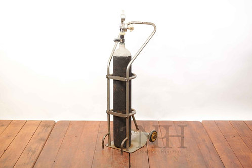 Oxygen cylinder with trolly