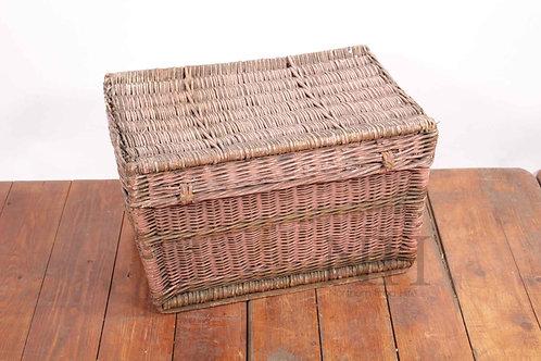 lidded basket