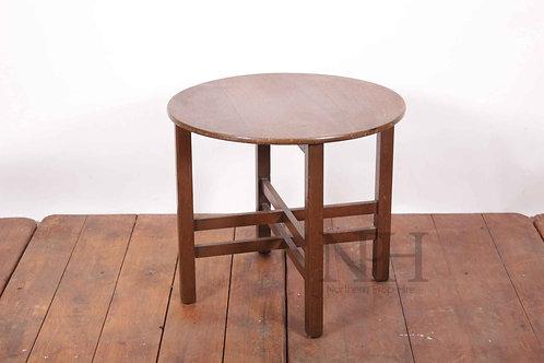 Folding mettal table