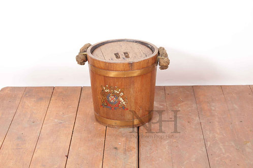 Crested fire buckets