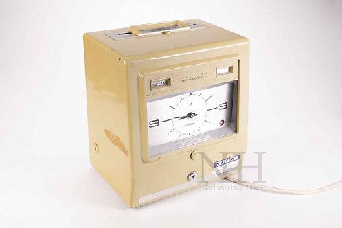 Vintage clocking in machine