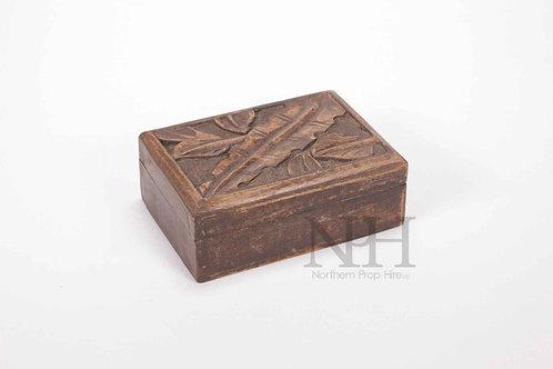 Carved leaf box
