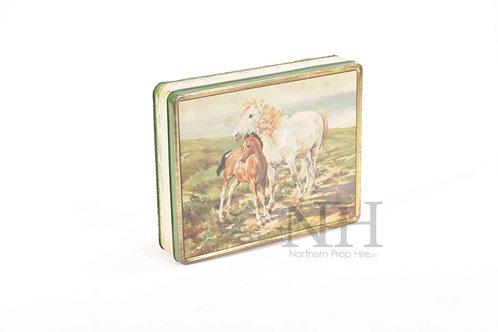 Horse tin