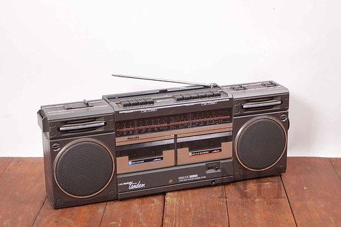 Boom box radio cassette c1986