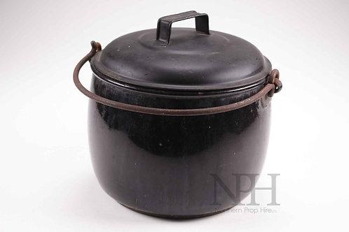 Cast cookpot