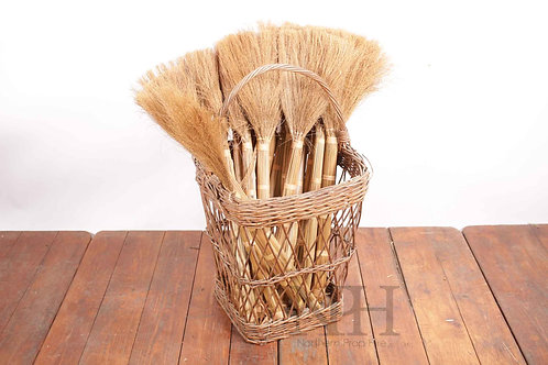 Basket with brushes