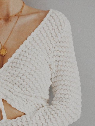 spring time threads 🌿 #whiteandgold  an