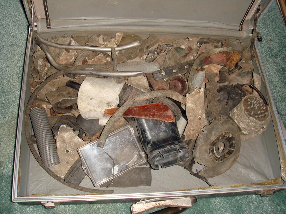 items-from-crash-site_2701849217_o.jpg