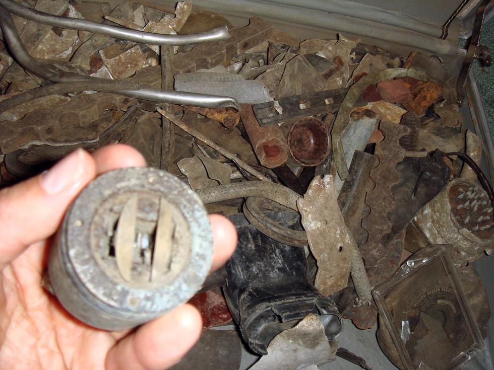 items-from-crash-site_2701850065_o.jpg