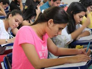 Estudantes poderão requerer aproveitamento de estudos para conclusão do Ensino Médio